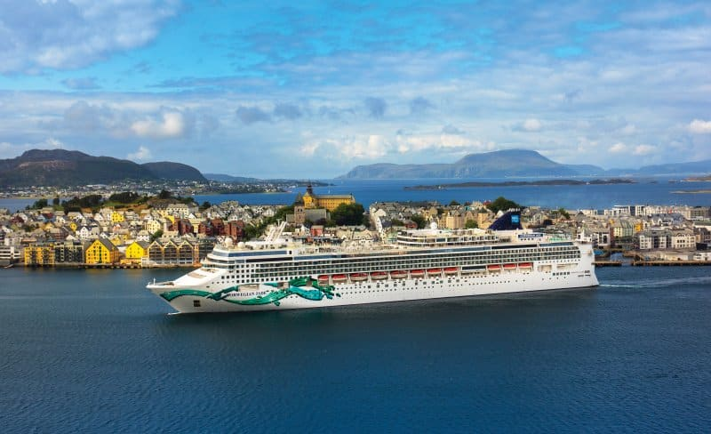 Norwegian Jade in Alesund
