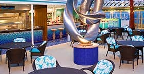 Norwegian Pearl cruise ship Topsiders Bar & Grill located near the Tahitian Pool