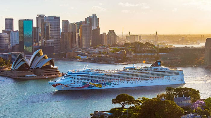 Cruise Ship Norwegian Jewel in Australia