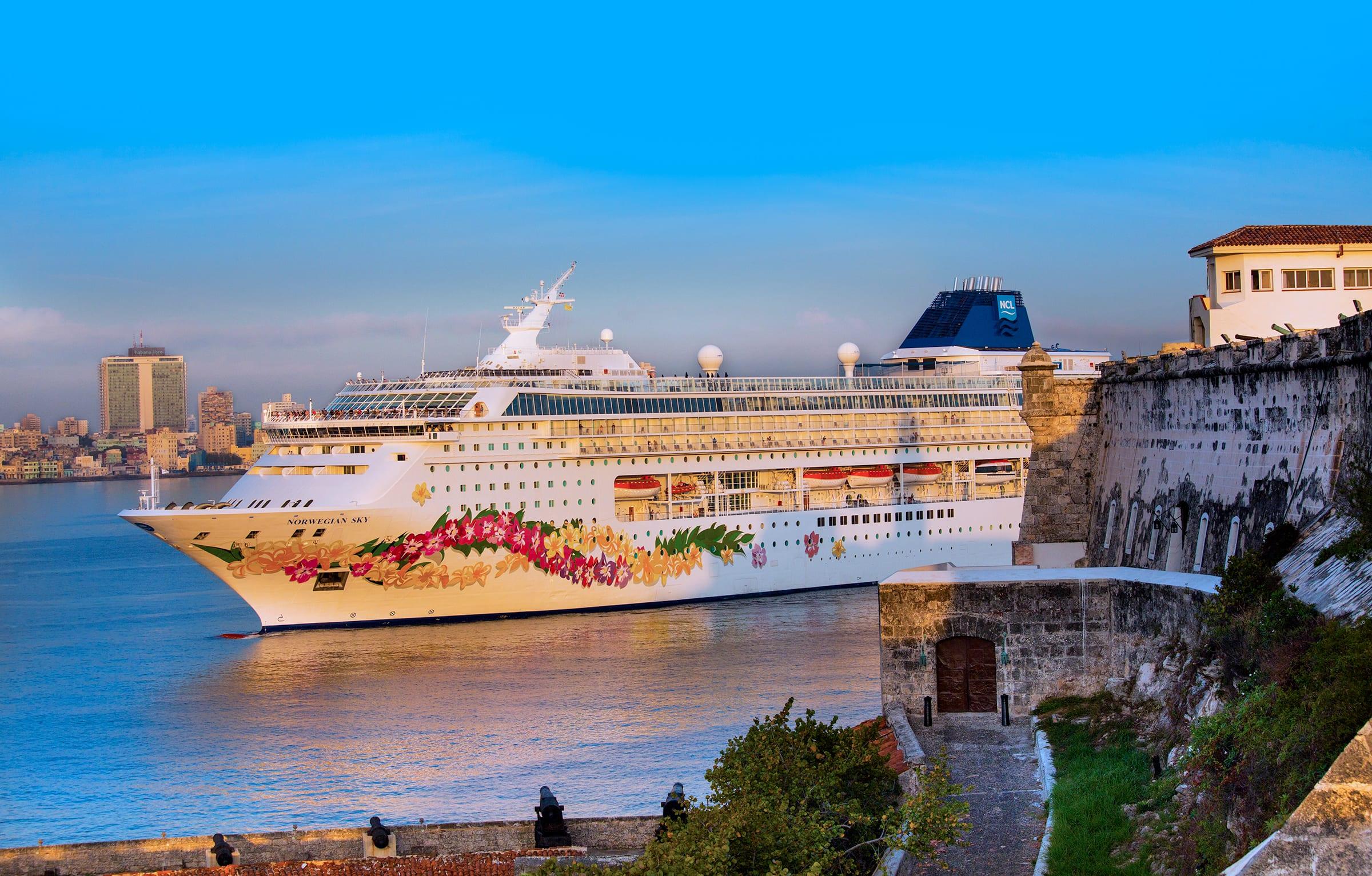 Norwegian Cruise Line Makes Inaugural Call To Havana, Cuba
