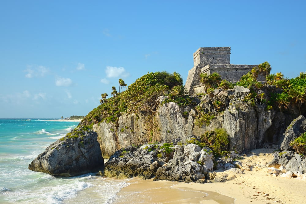 Visit Tulum Mayan Ruins on the Beach