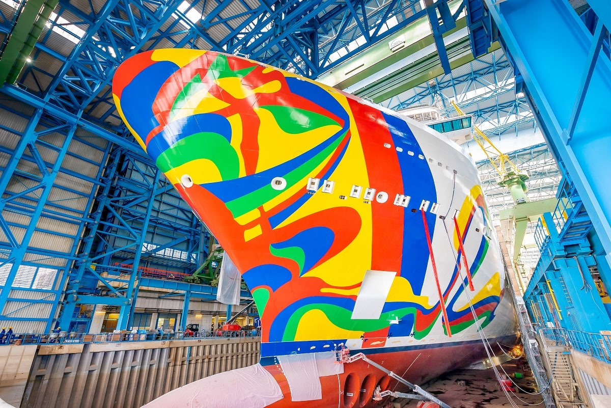 Norwegian Encore Hull Art Revealed [VIDEO]