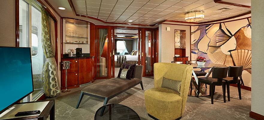 Deluxe Owner's Suite with Two Balconies