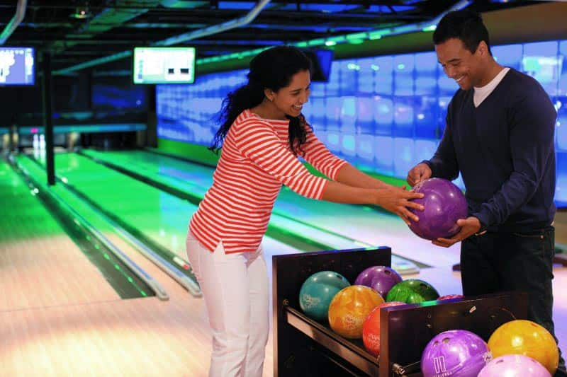 Bowling on Norwegian Epic